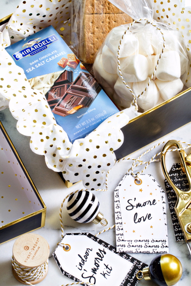 DIY Gift for the Office - Indoor Smores Kit- DIY Gift Ideas for Your Boss and Coworkers - Cheap and Quick Presents to Make for Office Parties, Secret Santa Gifts - Cool Mason Jar Ideas, Creative Gift Baskets and Easy Office Christmas Presents http://diyjoy.com/diy-gifts-office