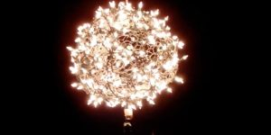Watch How She Makes This Magnificent Lighted Ball (Spectacular!)