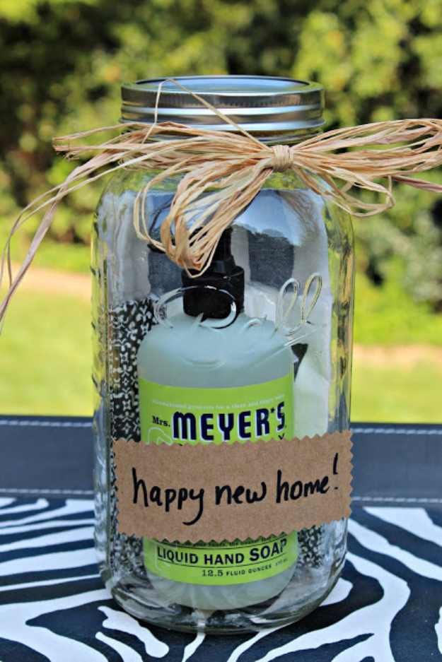 DIY Housewarming Gifts - Mason Jar Housewarming Gift- Best Do It Yourself Gift Ideas for Friends With A New House, Home or Apartment - Creative, Cheap and Quick Crafts and DIY Ideas for Housewarming Presents - Mason Jar Gifts, Baskets, Gifts for Women and Men #diygifts #housewarming #diyideas #cheapgifts