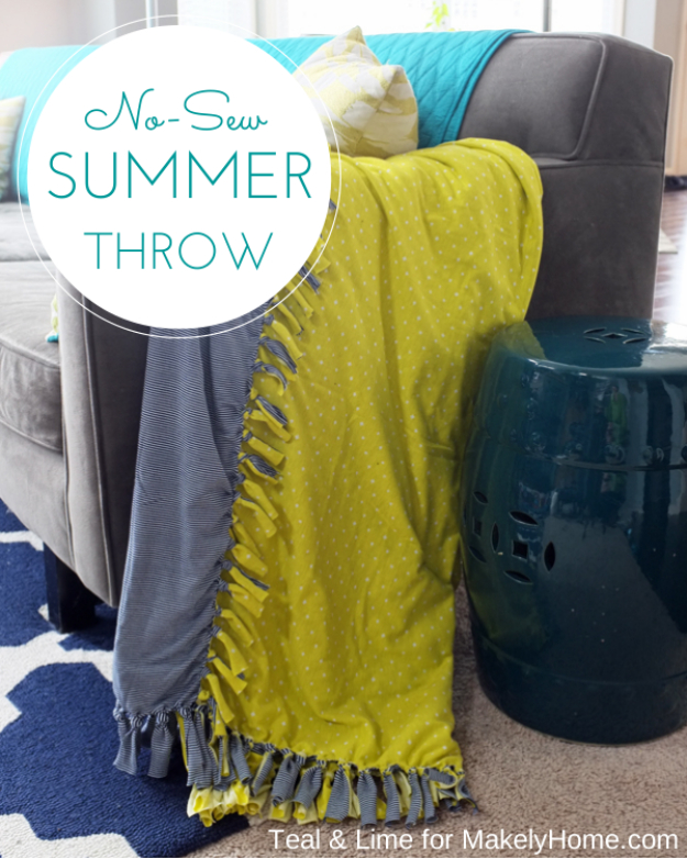 DIY Blankets and Throws - No Sew Summer Throw - How To Make Easy Home Decor and Warm Covers for Women, Kids, Teens and Adults - Fleece, Knit, No Sew and Easy Projects to Make for Bed and Sofa