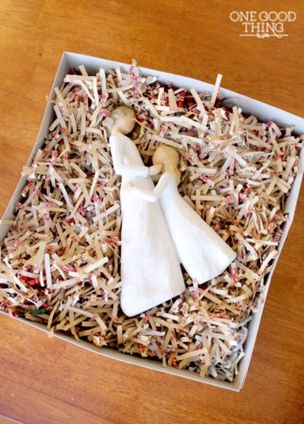 Cool Things to Make With Leftover Wrapping Paper - Packing Material - Easy Crafts, Fun DIY Projects, Gifts and DIY Home Decor Ideas - Don't Trash The Christmas Wrapping Paper and Learn How To Make These Awesome Ideas Instead - Step by Step Tutorials With Instructions