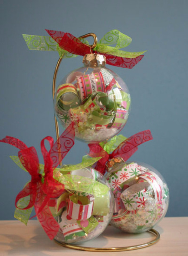 Cool Things to Make With Leftover Wrapping Paper - Paper Filled Ornament - Easy Crafts, Fun DIY Projects, Gifts and DIY Home Decor Ideas - Don't Trash The Christmas Wrapping Paper and Learn How To Make These Awesome Ideas Instead - Step by Step Tutorials With Instructions http://diyjoy.com/diy-projects-leftover-wrapping-paper