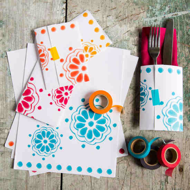Cool Things to Make With Leftover Wrapping Paper - Paper Napkin Pockets - Easy Crafts, Fun DIY Projects, Gifts and DIY Home Decor Ideas - Don't Trash The Christmas Wrapping Paper and Learn How To Make These Awesome Ideas Instead - Step by Step Tutorials With Instructions http://diyjoy.com/diy-projects-leftover-wrapping-paper