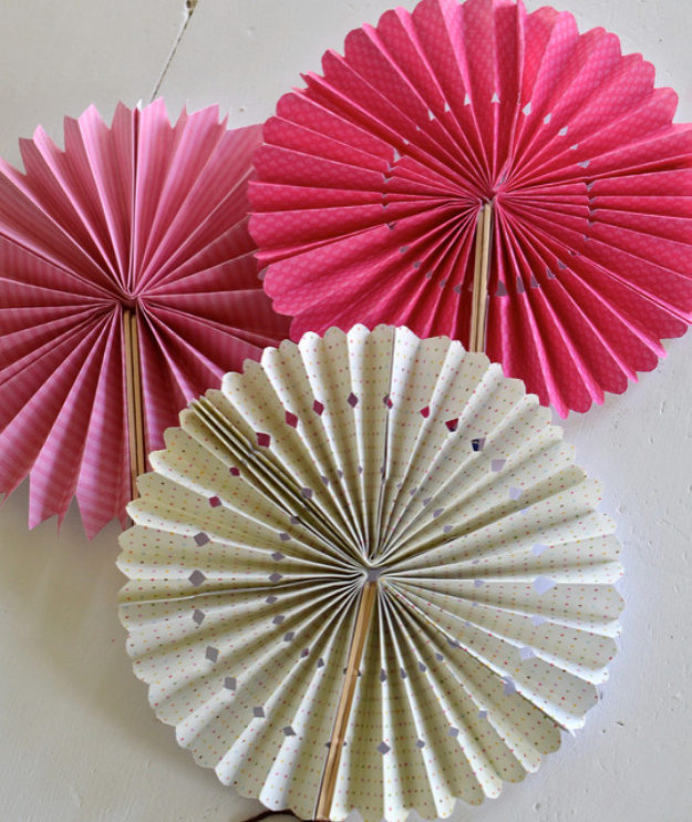 Cool Things to Make With Leftover Wrapping Paper - Paper Pinwheels - Easy Crafts, Fun DIY Projects, Gifts and DIY Home Decor Ideas - Don't Trash The Christmas Wrapping Paper and Learn How To Make These Awesome Ideas Instead - Step by Step Tutorials With Instructions