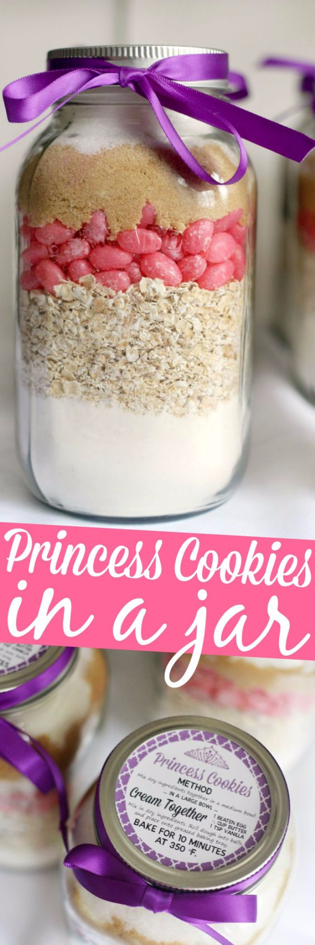 Best Mason Jar Cookies - Princess Cookies In A Jar - Mason Jar Cookie Recipe Mix for Cute Decorated DIY Gifts - Easy Chocolate Chip Recipes, Christmas Presents and Wedding Favors in Mason Jars - Fun Ideas for DIY Parties and Cheap Last Minute Gift Ideas for Friends #diygifts #masonjarcrafts