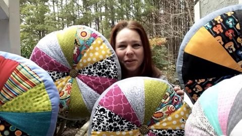 How to Make Quilted Pin Wheel Pillows | DIY Joy Projects and Crafts Ideas