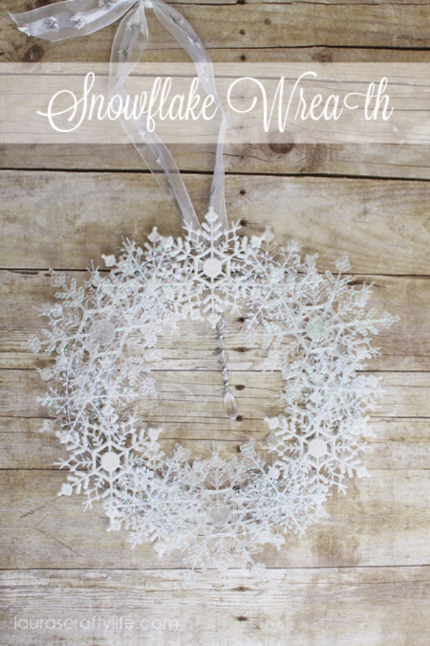 Best DIY Snowflake Decorations, Ornaments and Crafts - Snowflake Wreath - Paper Crafts with Snowflakes, Pipe Cleaner Projects, Mason Jars and Dollar Store Ideas - Easy DIY Ideas to Decorate for Winter#winter #crafts #diy