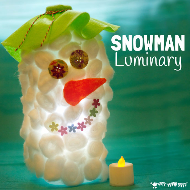 DIY Christmas Luminaries and Home Decor for The Holidays - Snowman Luminary - Cool Candle Holders, Tea Lights, Holiday Gift Ideas, Christmas Crafts for Kids #diy #luminaries #christmas