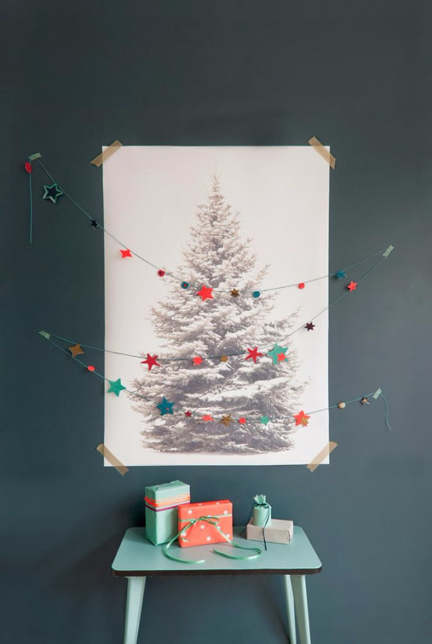 Best DIY Ideas for Your Christmas Tree - String Of Stars Christmas Tree - Cool Handmade Ornaments, DIY Decorating Ideas and Ornament Tutorials - Creative Ways To Decorate Trees on A Budget - Cheap Rustic Decor, Easy Step by Step Tutorials - Holiday Crafts for Kids and Gifts To Make For Friends and Family http://diyjoy.com/diy-ideas-christmas-tree