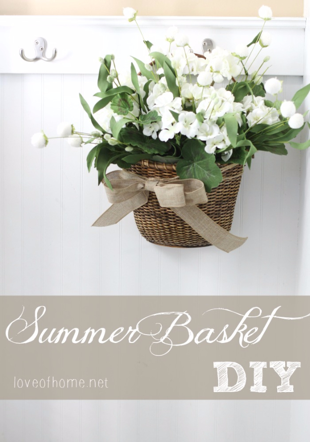 DIY Farmhouse Style Decor Ideas for the Kitchen - Summer Door Basket DIY - Rustic Farm House Ideas for Furniture, Paint Colors, Farm House Decoration for Home Decor in The Kitchen - Wall Art, Rugs, Countertops, Lights and Kitchen Accessories #farmhouse #diydecor