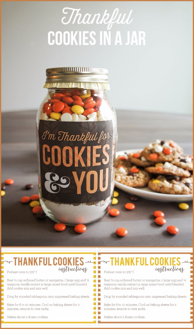 Best Mason Jar Cookies - Thankful Cookies In A Jar - Mason Jar Cookie Recipe Mix for Cute Decorated DIY Gifts - Easy Chocolate Chip Recipes, Christmas Presents and Wedding Favors in Mason Jars - Fun Ideas for DIY Parties and Cheap Last Minute Gift Ideas for Friends #diygifts #masonjarcrafts