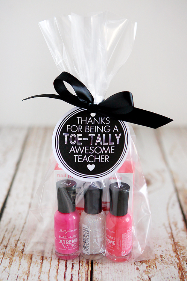 DIY Teacher Gifts - Toe-tally Awesome Teacher Gift - Cheap and Easy Presents and DIY Gift Ideas for Teachers at Christmas, End of Year, First Day and Birthday - Teacher Appreciation Gifts and Crafts - Cute Mason Jar Ideas and Thoughtful, Unique Gifts from Kids #diygifts #teachersgifts #diyideas #cheapgifts