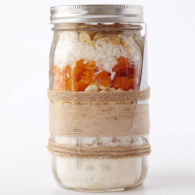 Best Mason Jar Cookies - Tropical White Chocolate Cookie Mix - Mason Jar Cookie Recipe Mix for Cute Decorated DIY Gifts - Easy Chocolate Chip Recipes, Christmas Presents and Wedding Favors in Mason Jars - Fun Ideas for DIY Parties and Cheap Last Minute Gift Ideas for Friends #diygifts #masonjarcrafts
