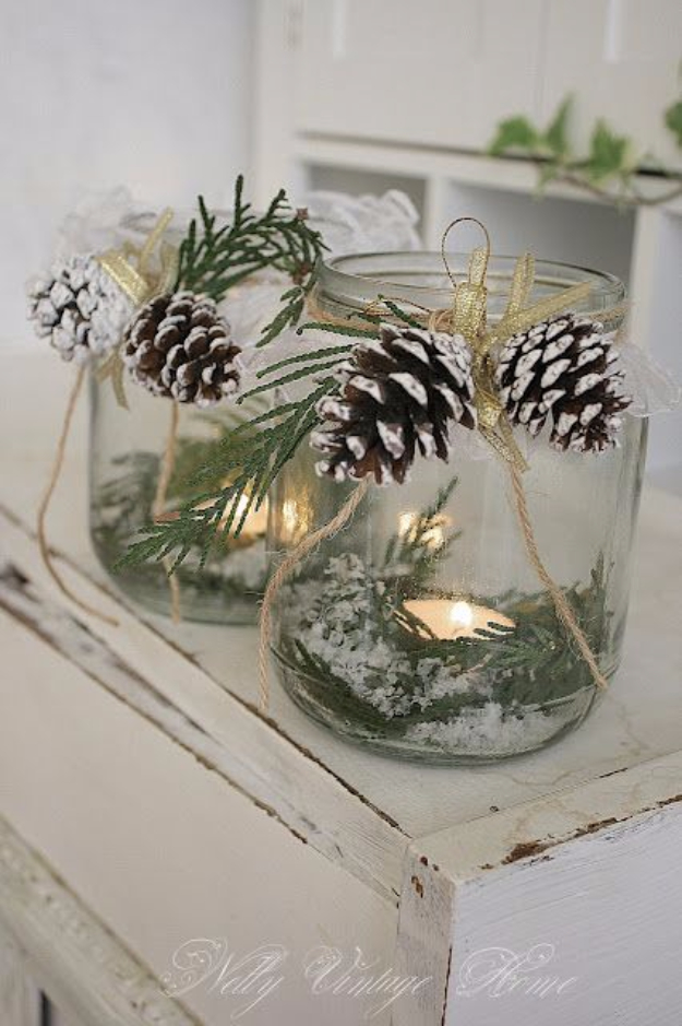 DIY Christmas Luminaries and Home Decor for The Holidays - Vintage Christmas Luminaries - Cool Candle Holders, Tea Lights, Holiday Gift Ideas, Christmas Crafts for Kids #diy #luminaries #christmas