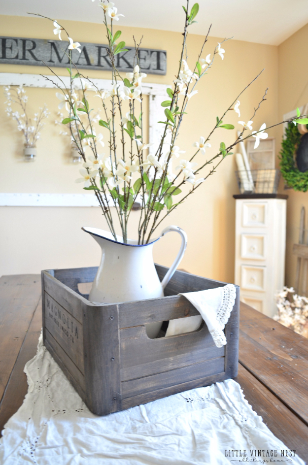 DIY Farmhouse Style Decor Ideas for the Kitchen - Wooden Crate Centerpiece - Rustic Farm House Ideas for Furniture, Paint Colors, Farm House Decoration for Home Decor in The Kitchen - Wall Art, Rugs, Countertops, Lights