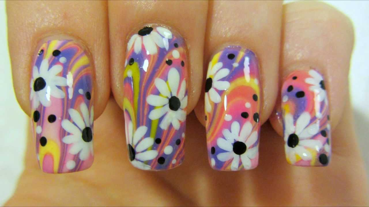 Watch How She Does This Colorful Flower Design with Water Marbling ...