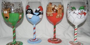 Watch How She Makes These Super Cool Holiday Wine Glasses!