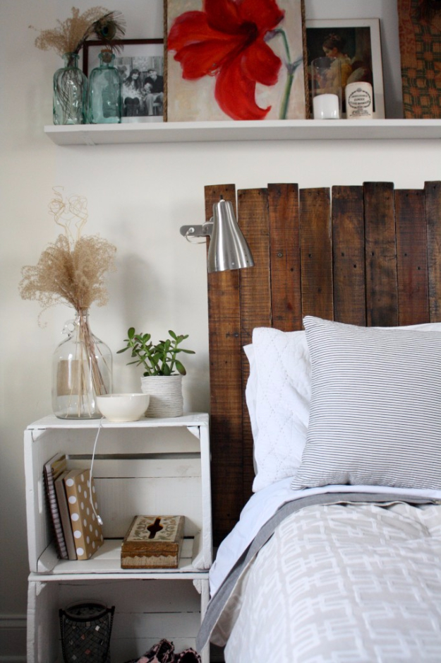 Best DIY Pallet Furniture Ideas - DIY Pallet Headboard - Cool Pallet Tables, Sofas, End Tables, Coffee Table, Bookcases, Wine Rack, Beds and Shelves - Rustic Wooden Pallet Furniture Made Easy With Step by Step Tutorials - Quick DIY Projects and Crafts by DIY Joy http://diyjoy.com/best-diy-pallet-furniture-ideas