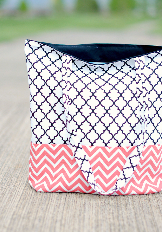 Best Sewing Projects to Make For Girls - Easy Tote Bag - Creative Sewing Tutorials for Baby Kids and Teens - Free Patterns and Step by Step Tutorials for Dresses, Blouses, Shirts, Pants, Hats and Bags - Easy DIY Projects and Quick Crafts Ideas http://diyjoy.com/cute-sewing-projects-for-girls
