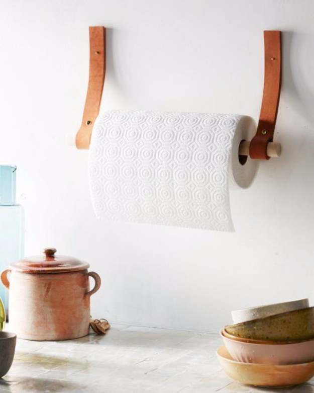 Creative Leather Crafts - Leather Paper Towel Holder - Best DIY Projects Made With Leather - Easy Handmade Do It Yourself Gifts and Fashion - Cool Crafts and DYI Leather Projects With Step by Step Tutorials http://diyjoy.com/diy-leather-crafts