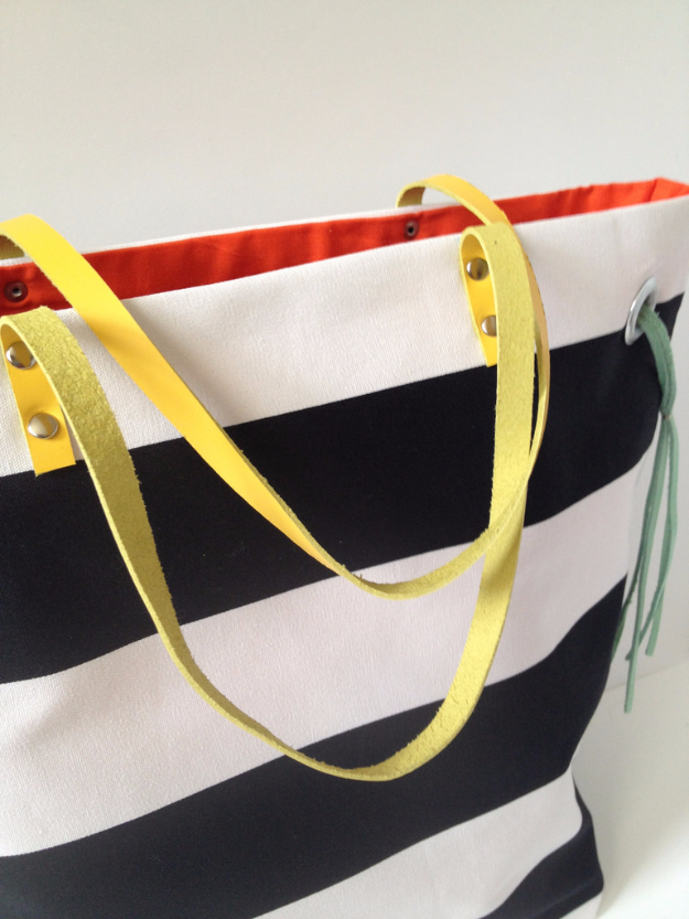 Creative Leather Crafts - Leather Straps For Tote Bags - Best DIY Projects Made With Leather - Easy Handmade Do It Yourself Gifts and Fashion - Cool Crafts and DYI Leather Projects With Step by Step Tutorials http://diyjoy.com/diy-leather-crafts