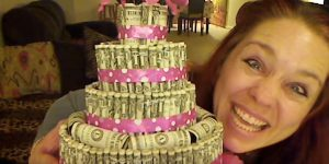 Awesome Money Cake Is Sure To Be The Talk Of The Party!