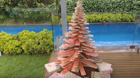 how to make a scandinavian inspired wooden christmas tree - Wood Pallet Christmas Tree