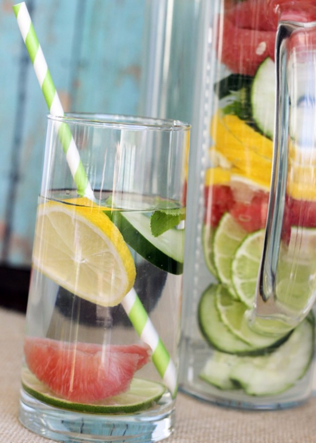 Best DIY Detox Waters and Recipes - Slim Down Detox Water - Homemade Detox Water Instructions and Tutorials - Lose Weight and Remove Toxins From the Body for Your New Years Resolutions - Easy and Quick Recipe Ideas for Getting Healthy in 2017 - DIY Projects and Crafts by DIY Joy