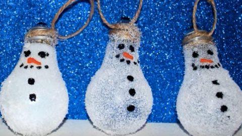 Turn Lightbulbs Into Snowman Christmas Ornaments