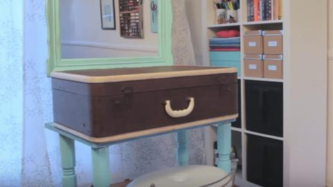 Watch How She Cleverly Makes This Amazing Vanity Out Of A Suitcase! | DIY Joy Projects and Crafts Ideas