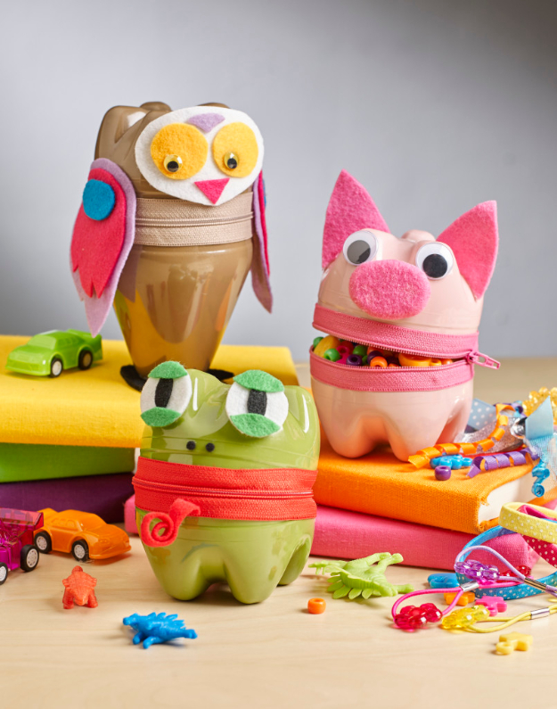 Creative DIY Projects With Zippers - Zipper Animal Containers - Easy Crafts and Fashion Ideas With A Zipper - Jewelry, Home Decor, School Supplies and DIY Gift Ideas - Quick DIYs for Fun Weekend Projects http://diyjoy.com/diy-projects-zippers