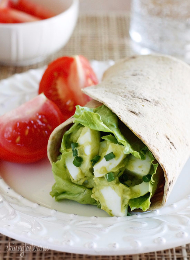 Healthy Lunch Ideas for Work - Avocado Egg Wrap - Quick and Easy Recipes You Can Pack for Lunches at the Office - Lowfat and Simple Ideas for Eating on the Job - Microwave, No Heat, Mason Jar Salads, Sandwiches, Wraps, Soups and Bowls http://diyjoy.com/healthy-lunch-ideas-work