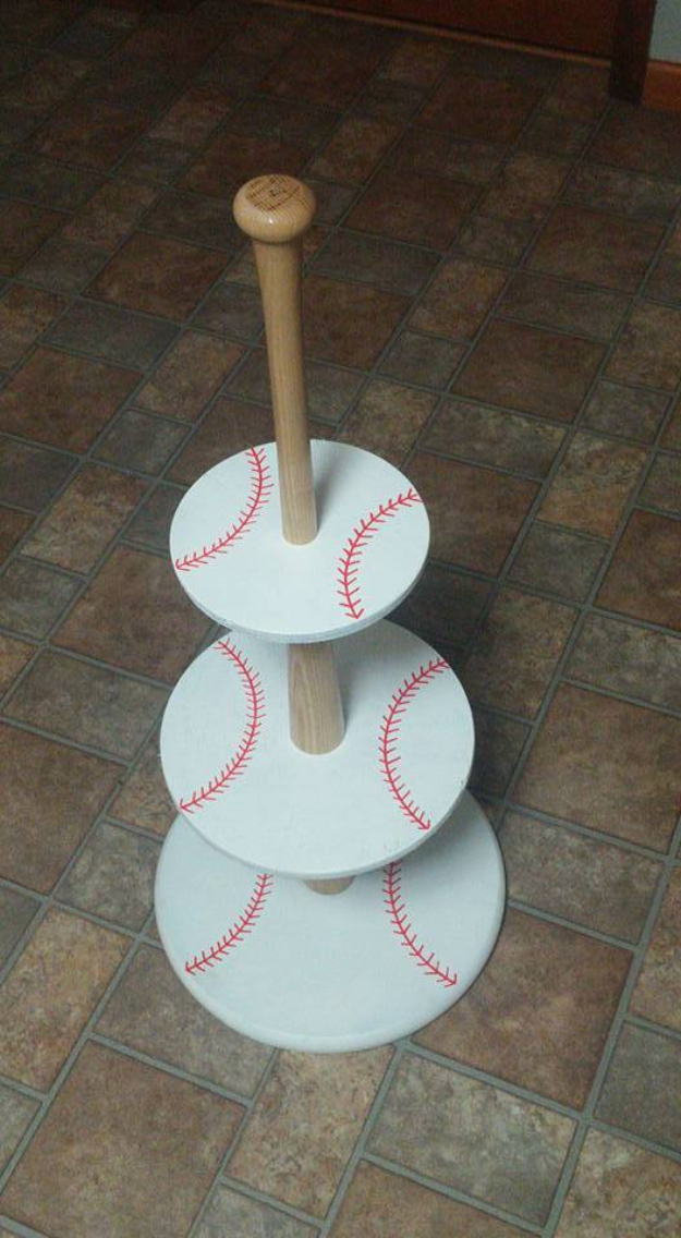 DIY Projects for the Sports Fan - Baseball Cupcake Holder - Crafts and DIY Ideas for Men - Football, Baseball, Basketball, Soccer and Golf - Wall Art, DIY Gifts, Easy Gift Ideas, Room and Home Decor #sports #diygifts #giftsformen