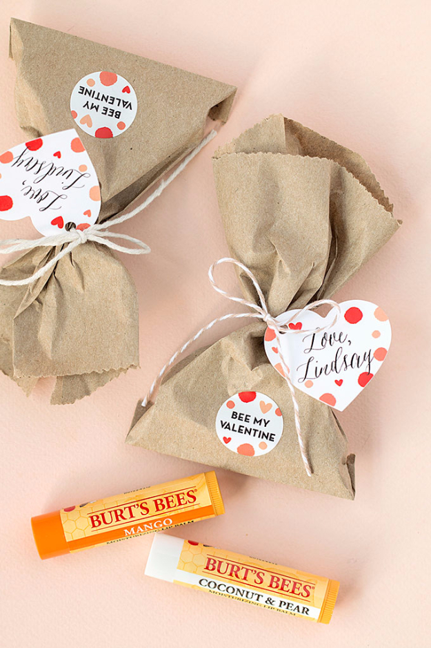 Best DIY Valentines Day Gifts - Be My Valentine Chapsticks - Cute Mason Jar Valentines Day Gifts and Crafts for Him and Her | Boyfriend, Girlfriend, Mom and Dad, Husband or Wife, Friends - Easy DIY Ideas for Valentines Day for Homemade Gift Giving and Room Decor | Creative Home Decor and Craft Projects for Teens, Teenagers, Kids and Adults