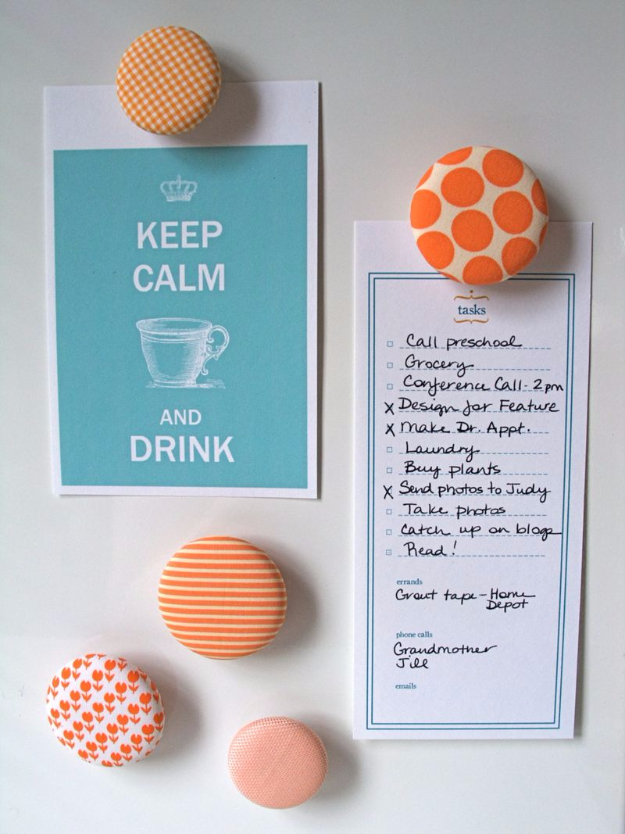 DIY Projects and Crafts Made With Buttons - Button Magnets - Easy and Quick Projects You Can Make With Buttons - Cool and Creative Crafts, Sewing Ideas and Homemade Gifts for Women, Teens, Kids and Friends - Home Decor, Fashion and Cheap, Inexpensive Fun Things to Make on A Budget