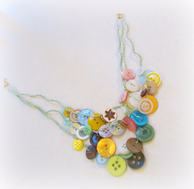 DIY Projects and Crafts Made With Buttons - Button Necklace - Easy and Quick Projects You Can Make With Buttons - Cool and Creative Crafts, Sewing Ideas and Homemade Gifts for Women, Teens, Kids and Friends - Home Decor, Fashion and Cheap, Inexpensive Fun Things to Make on A Budget http://diyjoy.com/diy-projects-buttons