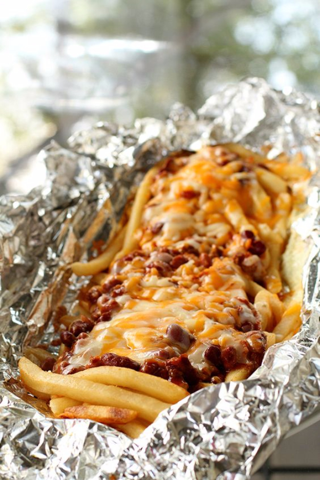 DIY Tin Foil Camping Recipes - Campfire Chili Cheese Fries Tin Foil Dinner - Tin Foil Dinners, Ideas for Camping Trips healthy Easy Make Ahead Recipe Ideas for the Campfire. Breakfast, Lunch, Dinner and Dessert, #recipes #camping
