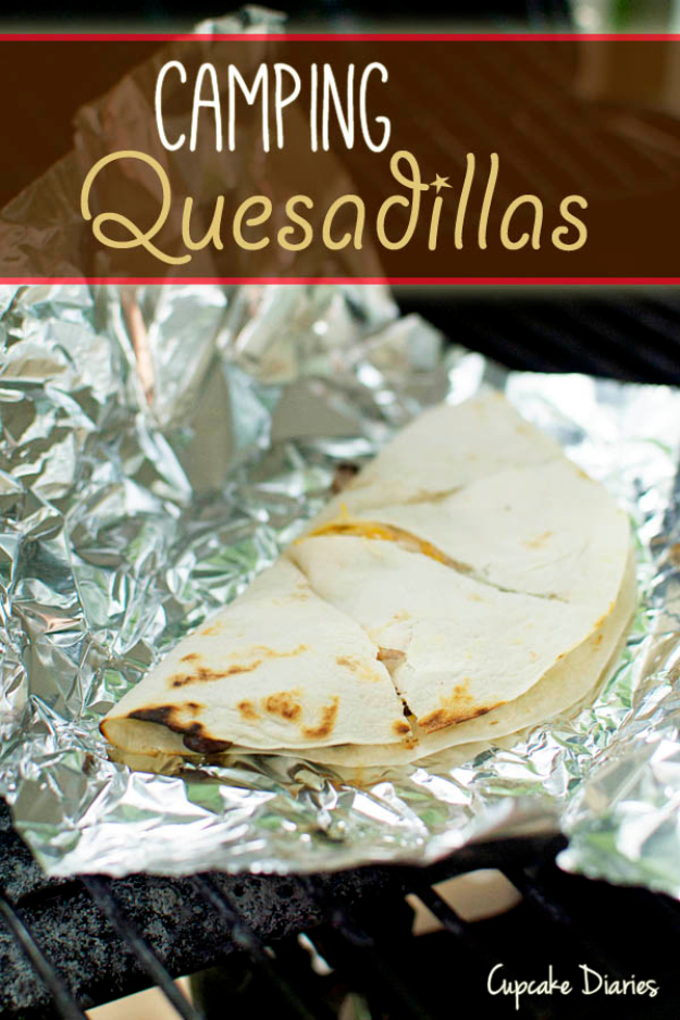 DIY Tin Foil Camping Recipes - Camping Quesadillas - Tin Foil Dinners, Ideas for Camping Trips healthy Easy Make Ahead Recipe Ideas for the Campfire. Breakfast, Lunch, Dinner and Dessert, #recipes #camping