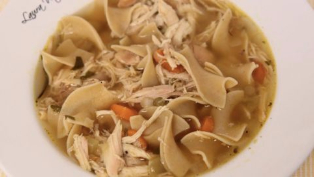Quick and Healthy Dinner Recipes - Chicken Noodle Soup - Easy and Fast Recipe Ideas for Dinners at Home - Chicken, Beef, Ground Meat, Pasta and Vegetarian Options - Cheap Dinner Ideas for Family, for Two , for Last Minute Cooking #recipes #healthyrecipes