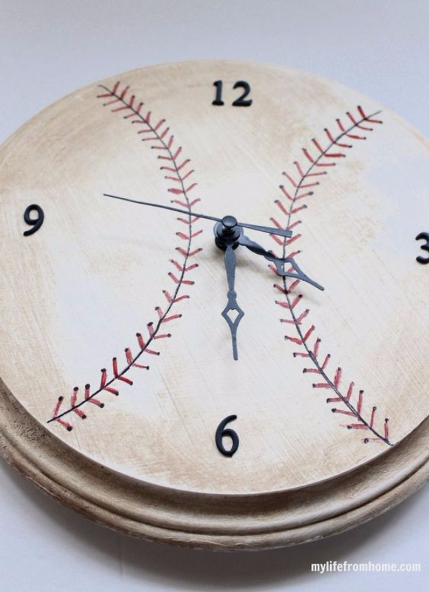 DIY Projects for the Sports Fan - DIY Baseball Clock - Crafts and DIY Ideas for Men - Football, Baseball, Basketball, Soccer and Golf - Wall Art, DIY Gifts, Easy Gift Ideas, Room and Home Decor http://diyjoy.com/diy-ideas-sports-fan