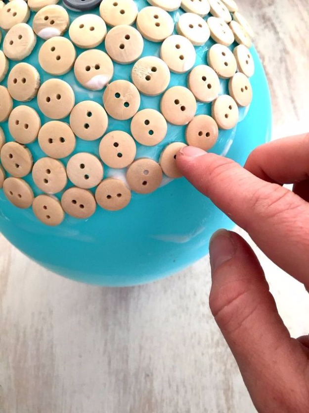 DIY Projects and Crafts Made With Buttons - DIY Button Dish - Easy and Quick Projects You Can Make With Buttons - Cool and Creative Crafts, Sewing Ideas and Homemade Gifts for Women, Teens, Kids and Friends - Home Decor, Fashion and Cheap, Inexpensive Fun Things to Make on A Budget