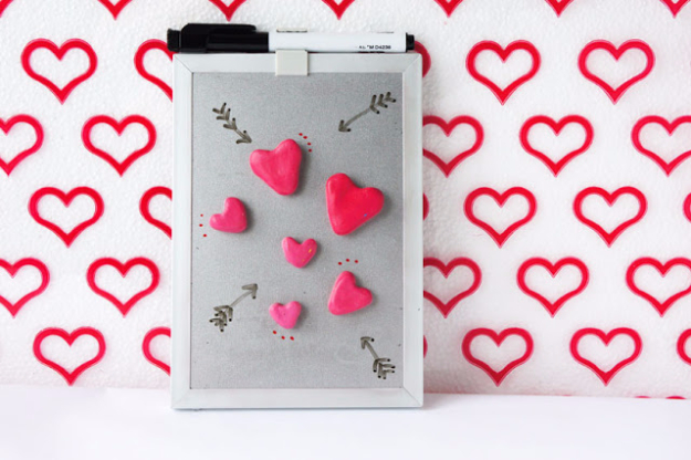 Best DIY Valentines Day Gifts - DIY Heart Magnets - Cute Mason Jar Valentines Day Gifts and Crafts for Him and Her | Boyfriend, Girlfriend, Mom and Dad, Husband or Wife, Friends - Easy DIY Ideas for Valentines Day for Homemade Gift Giving and Room Decor | Creative Home Decor and Craft Projects for Teens, Teenagers, Kids and Adults