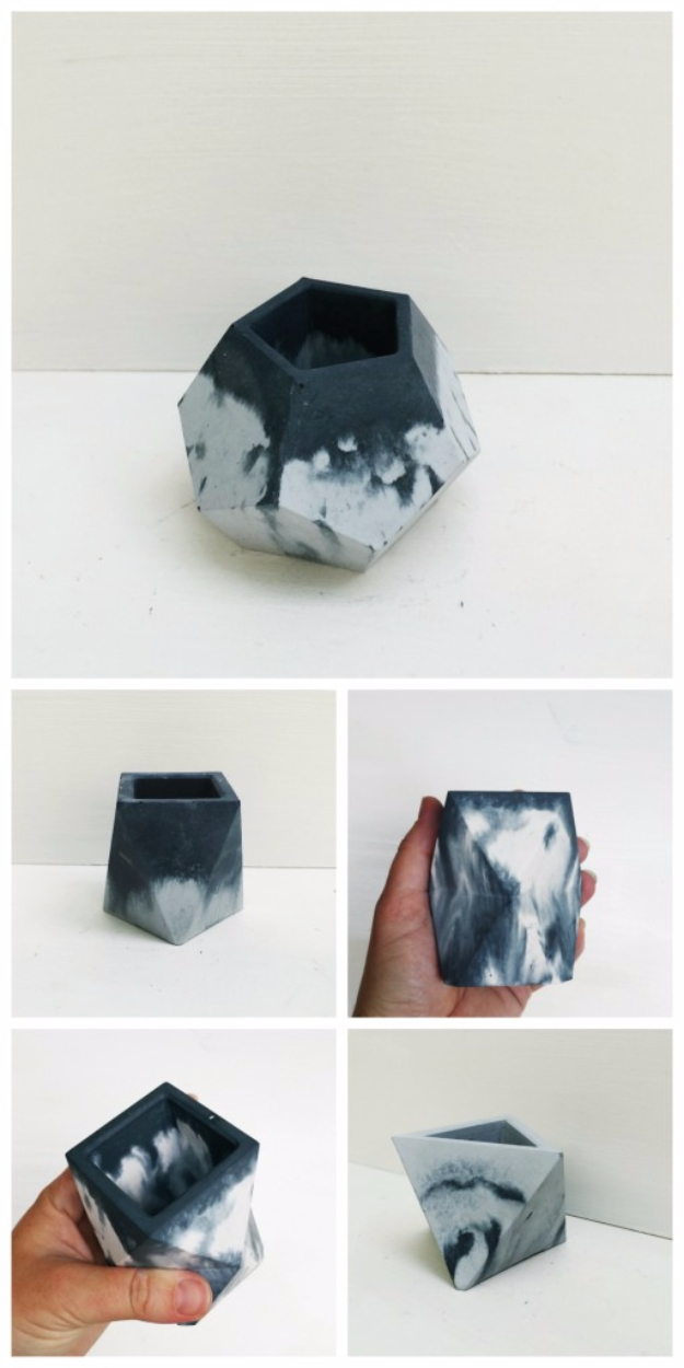 DIY Projects Made With Concrete - DIY Marbled Concrete Planters - Quick and Easy DIY Concrete Crafts - Cheap and creative countertops and ideas for floors, patio and porch decor, tables, planters, vases, frames, jewelry holder, home decor and DIY gifts