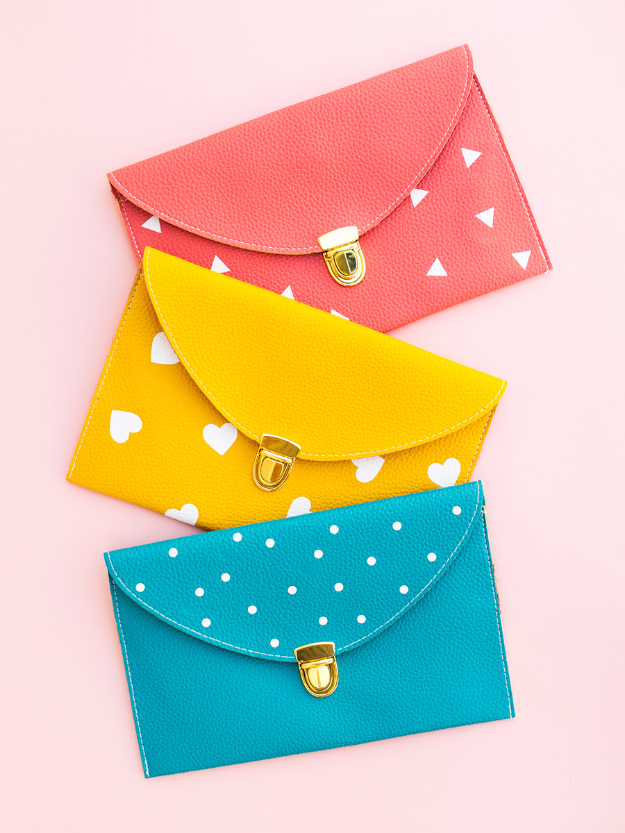 DIY Purses and Handbags - DIY Patterned Clutch Purse - Homemade Projects to Decorate and Make Purses - Add Paint, Glitter, Buttons and Bling To Your Hand Bags and Purse With These Easy Step by Step Tutorials - Boho, Modern, and Cool Fashion Ideas for Women and Teens #purses #diyclothes #handbags