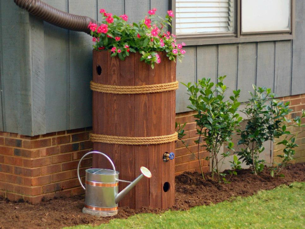 DIY Ideas for the Outdoors - DIY Rain Barrel - Best Do It Yourself Ideas for Yard Projects, Camping, Patio and Spending Time in Garden and Outdoors - Step by Step Tutorials and Project Ideas for Backyard Fun, Cooking and Seating #diy
