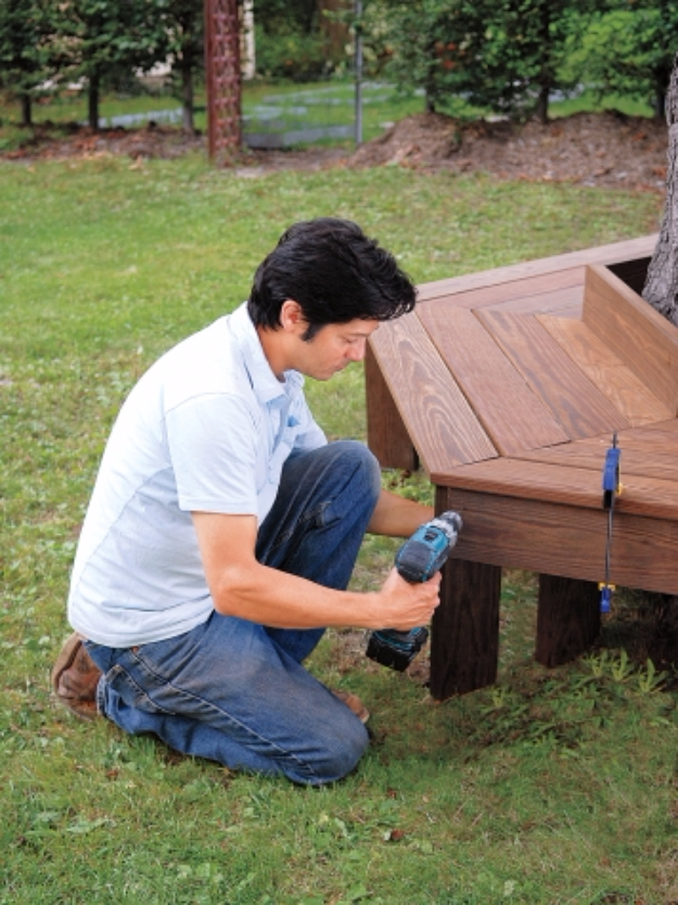 DIY Ideas for the Outdoors - DIY Tree Bench - Best Do It Yourself Ideas for Yard Projects, Camping, Patio and Spending Time in Garden and Outdoors - Step by Step Tutorials and Project Ideas for Backyard Fun, Cooking and Seating #diy