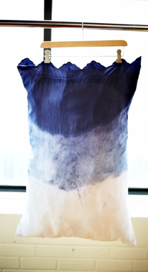 DIY Pillowcases - Dip Dye Pillowcase - Easy Sewing Projects for Pillows - Bedroom and Home Decor Ideas - Sewing Patterns and Tutorials - No Sew Ideas - DIY Projects and Crafts for Women #sewing #diydecor #pillows