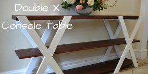 She Makes A Fabulous Console Table That's An Awesome Addition To Any Home!