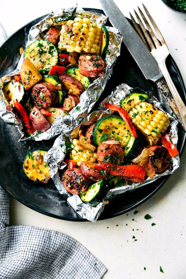 DIY Tin Foil Camping Recipes - Easy Tin Foil Sausage And Veggies - Tin Foil Dinners, Ideas for Camping Trips and On Grill. Hamburger, Chicken, Healthy, Fish, Steak , Easy Make Ahead Recipe Ideas for the Campfire. Breakfast, Lunch, Dinner and Dessert, Snacks all Wrapped in Foil for Quick Cooking http://diyjoy.com/camping-recipes-tin-foil