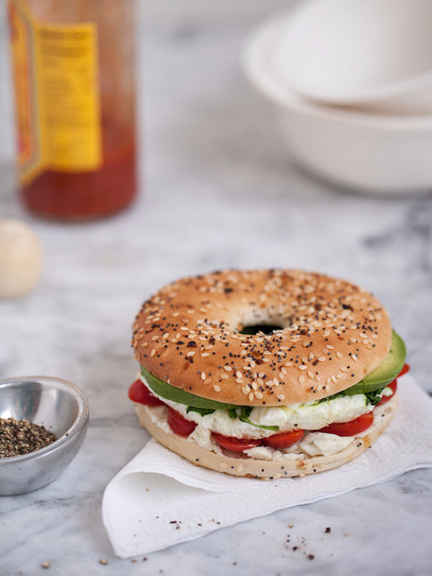 Healthy Lunch Ideas for Work - Egg And Vegetable Bagel Sandwich - Quick and Easy Recipes You Can Pack for Lunches at the Office - Lowfat and Simple Ideas for Eating on the Job - Microwave, No Heat, Mason Jar Salads, Sandwiches, Wraps, Soups and Bowls